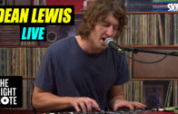 Dean Lewis 'Waves' Live on The Right Note