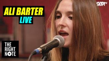 Ali Barter Live